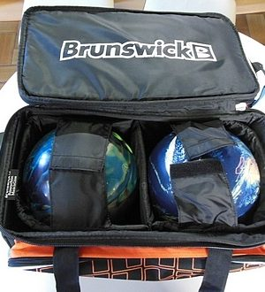 Sac 2 Boules Roulettes Brunswick Crown Rouge