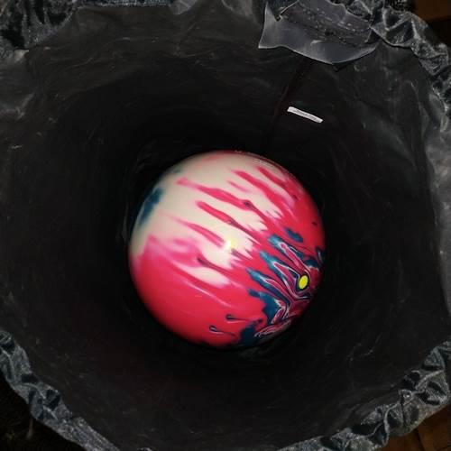 Sac à l'épaule pour une boule (DV8 Noir)